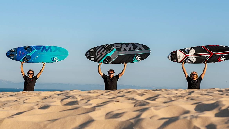 FMX Racing szörfdeszkát a hazai ridereknek